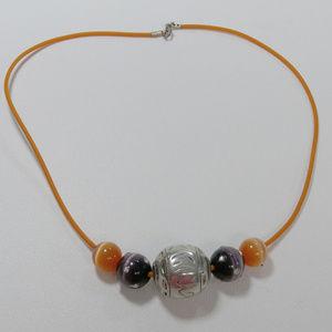 3/$25 Pretty orange purple beaded choker necklace